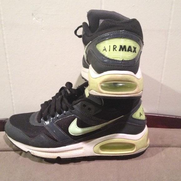 buy popular 5f422 ce65a Nike Air Max Navigate sneakers. M 5afcd3e000450f7cfecf7560